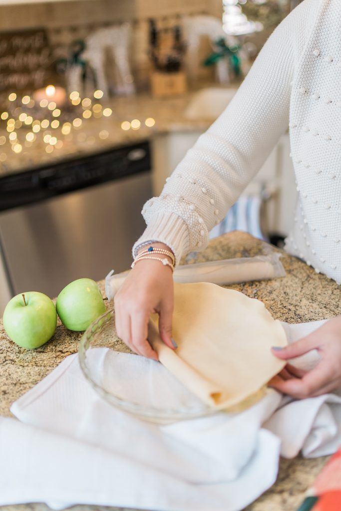 rolled pie crust for holiday apple pie