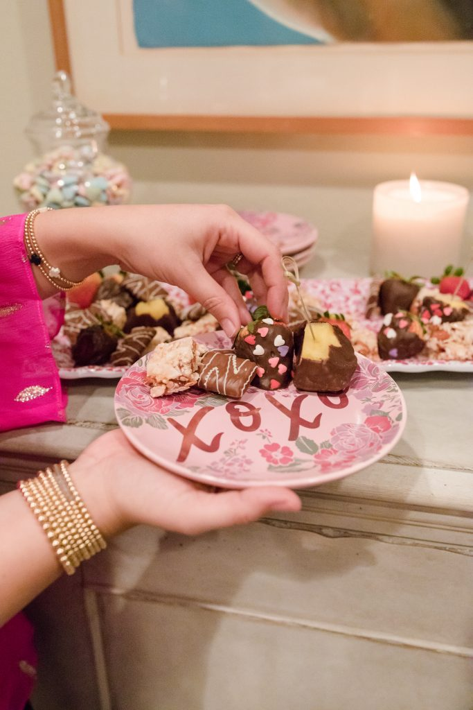 Valentine's Day dessert bar ideas
