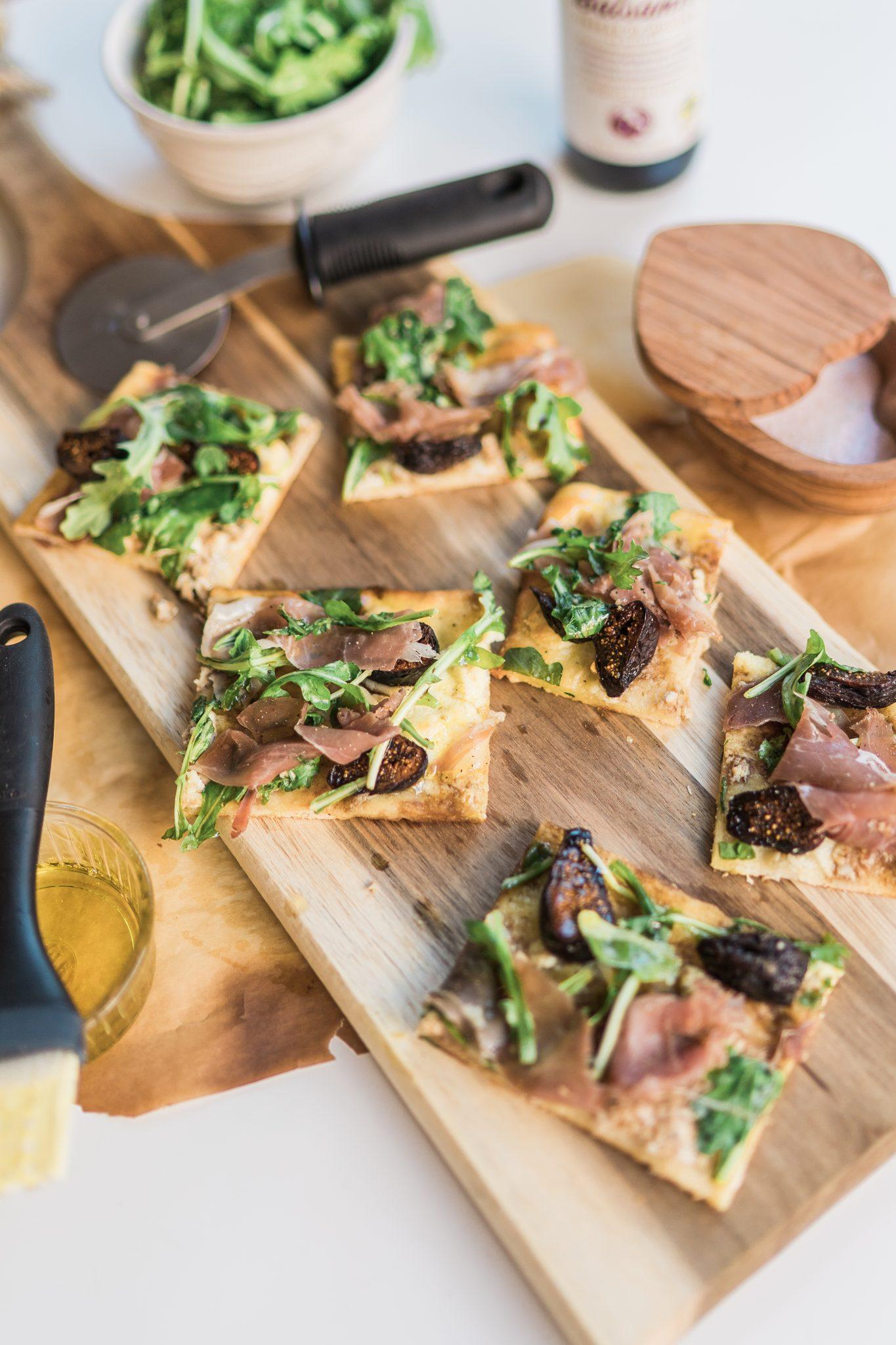 Prosciutto, Fig, Arugula flatbread recipe