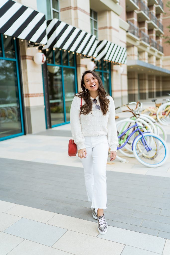 white on white spring outfit idea for her