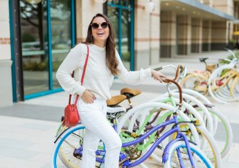 Casual monochromatic outfit for spring | Adored by Alex