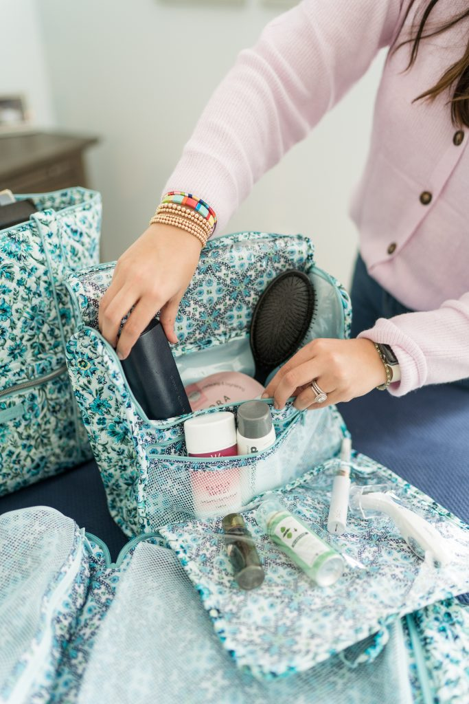 How to efficiently pack your beauty items for travel
