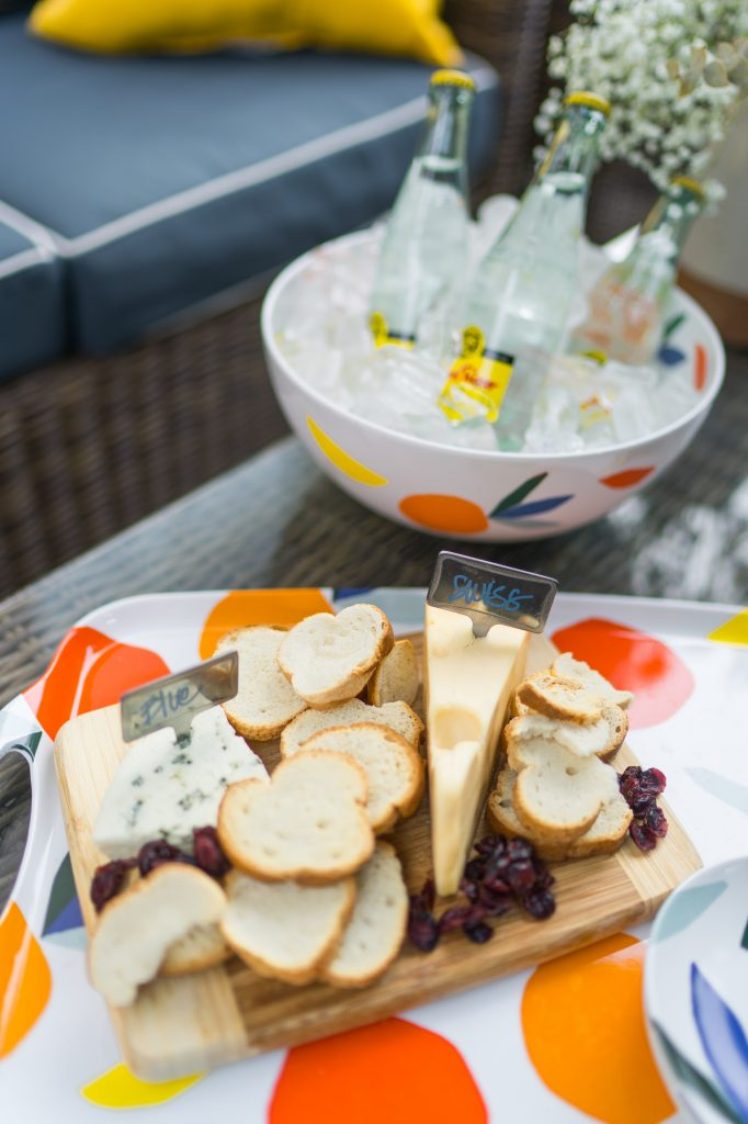 Summer appetizer and drink serving entertaining ideas