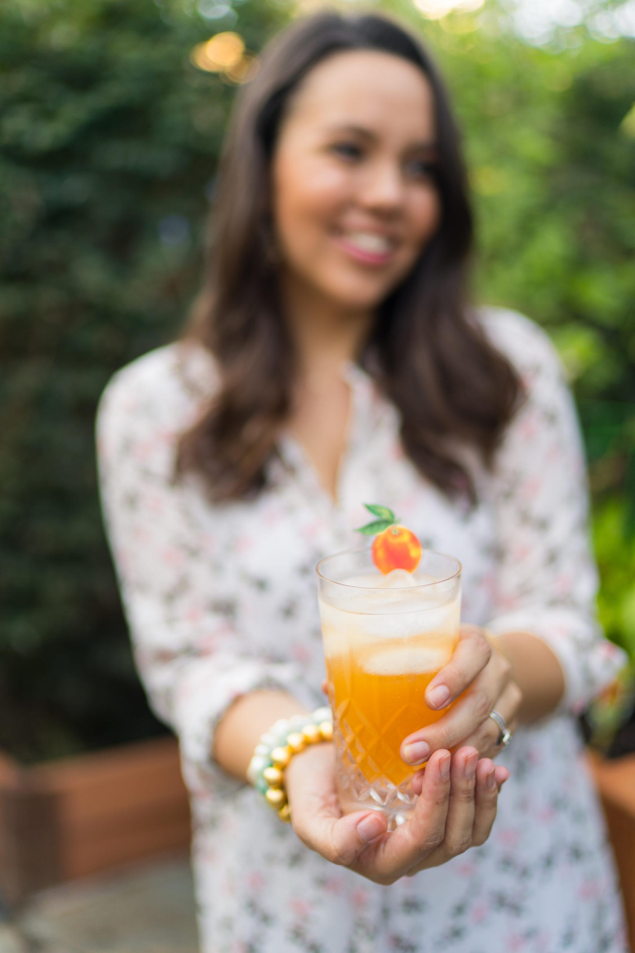 Grapefruit and sage vodka spritzer cocktail recipe