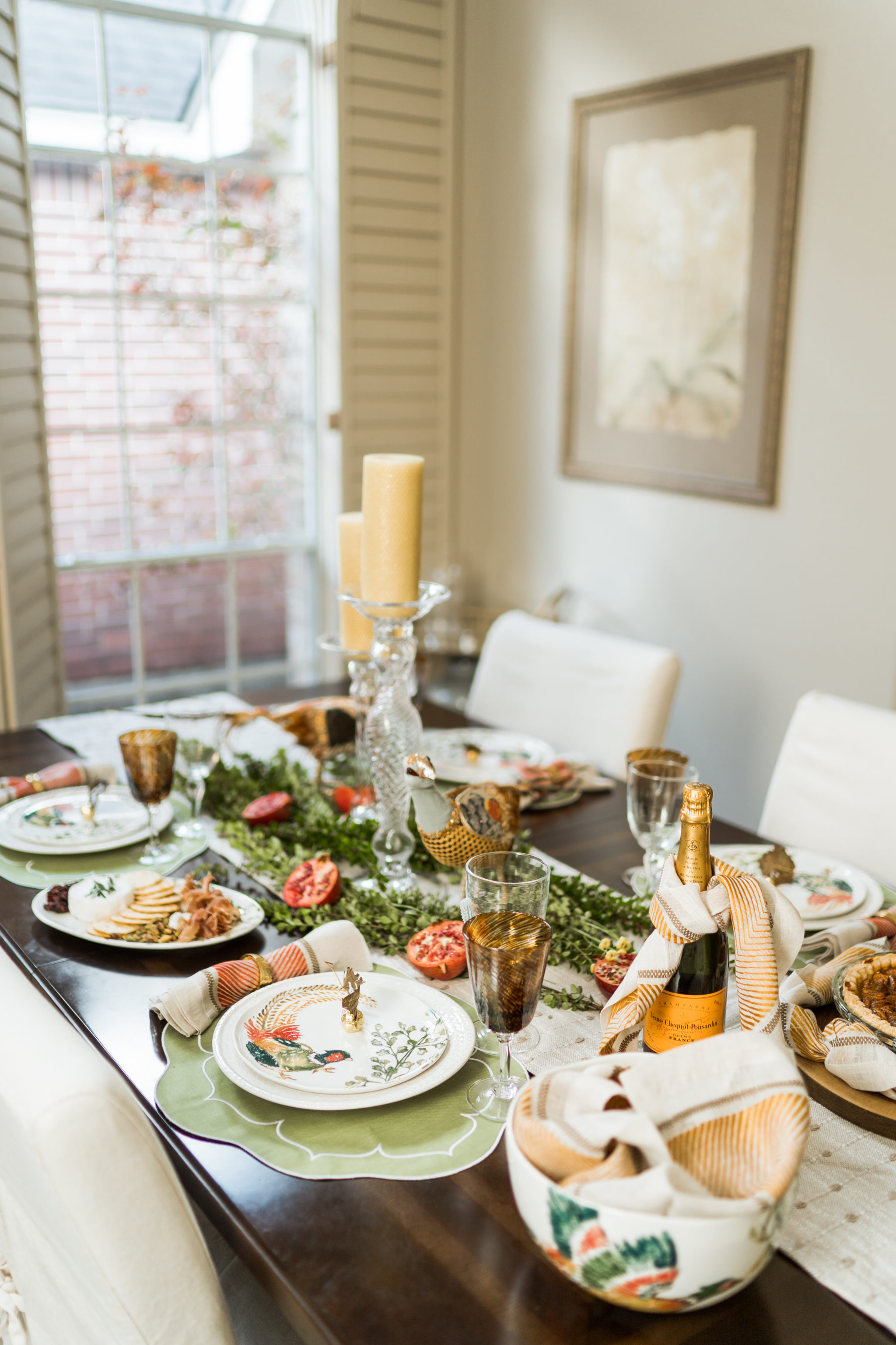 Intimate & timeless Thanksgiving table
