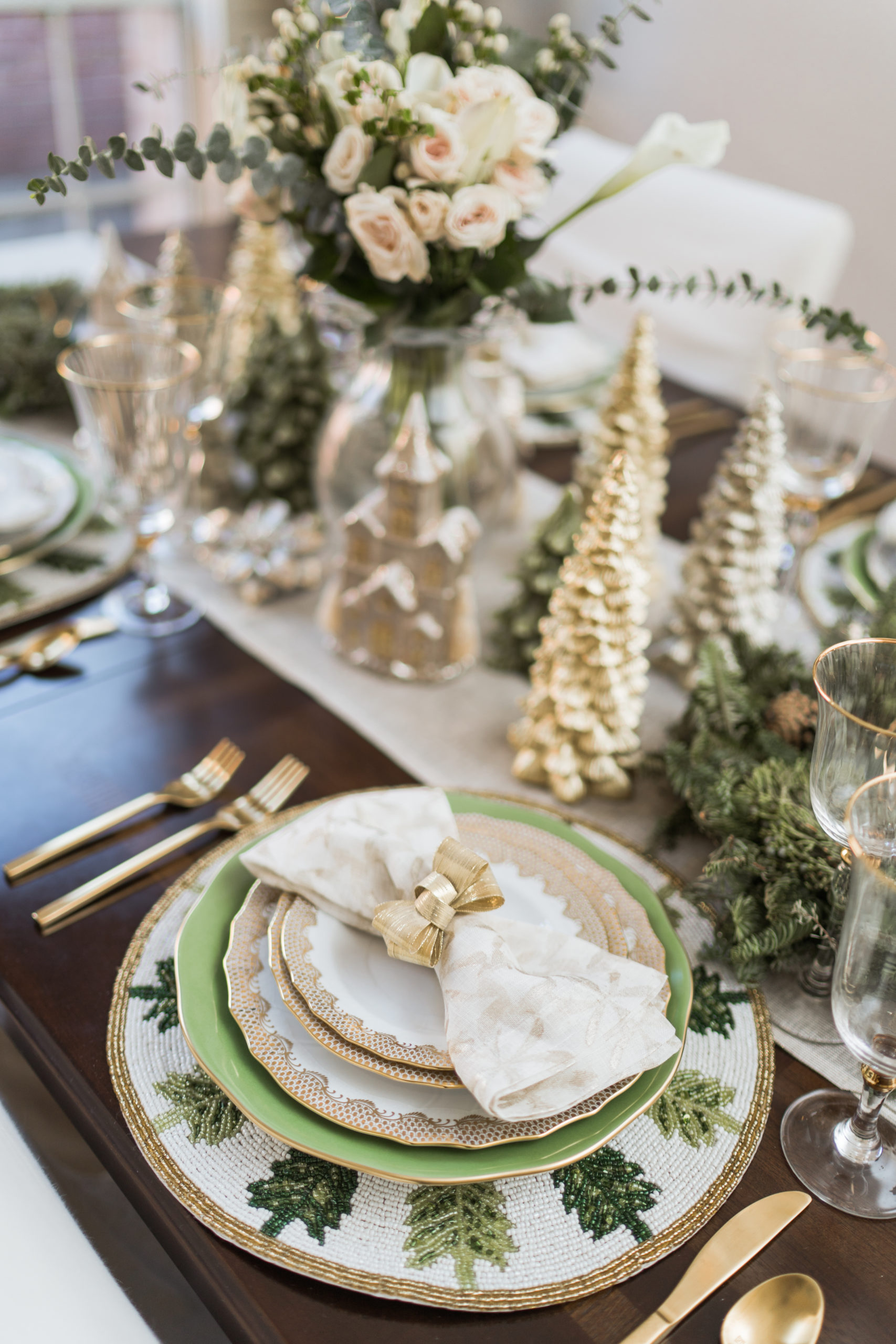 Herend fine china, Christmas tablescape