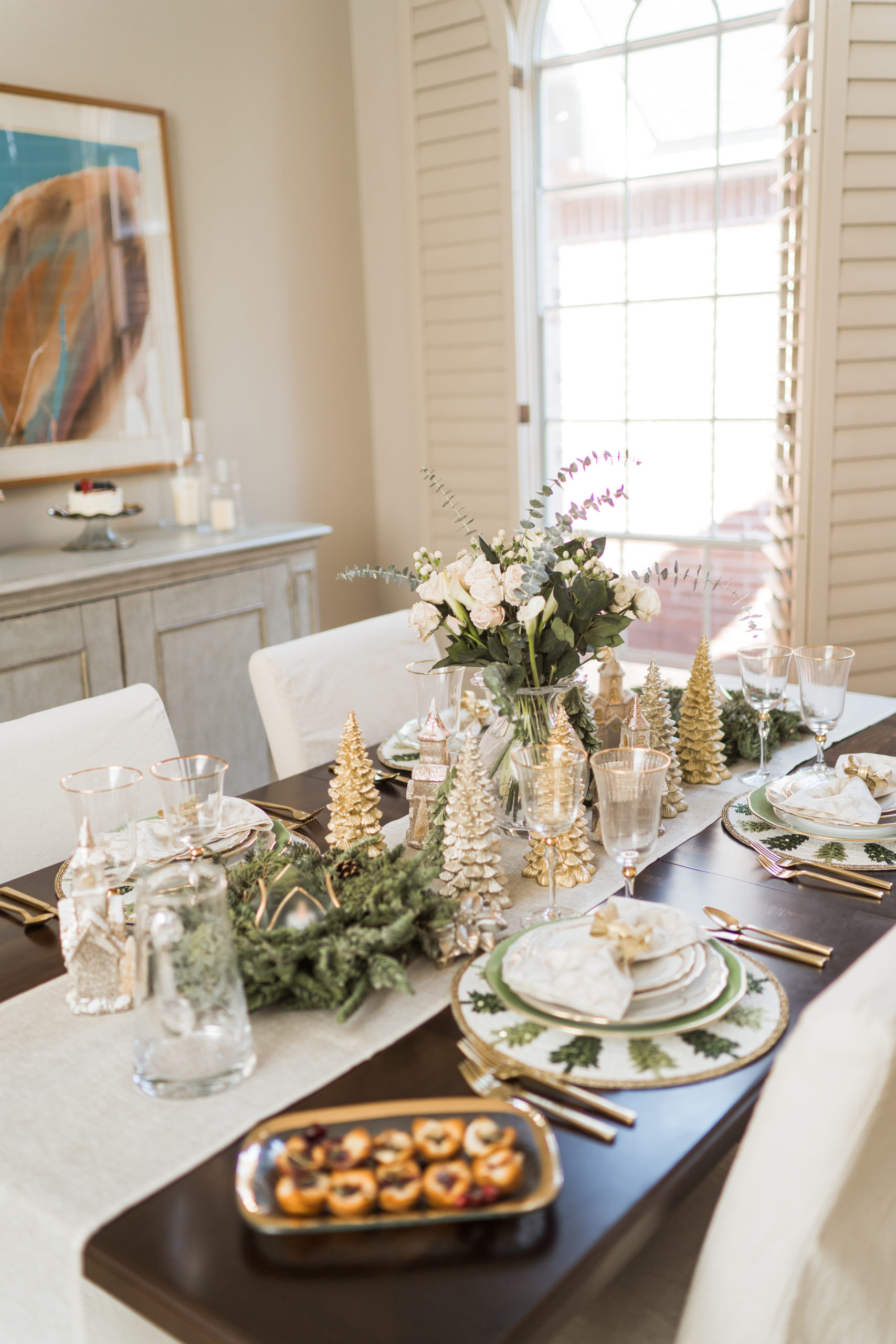 Elegant Christmas table for dinner
