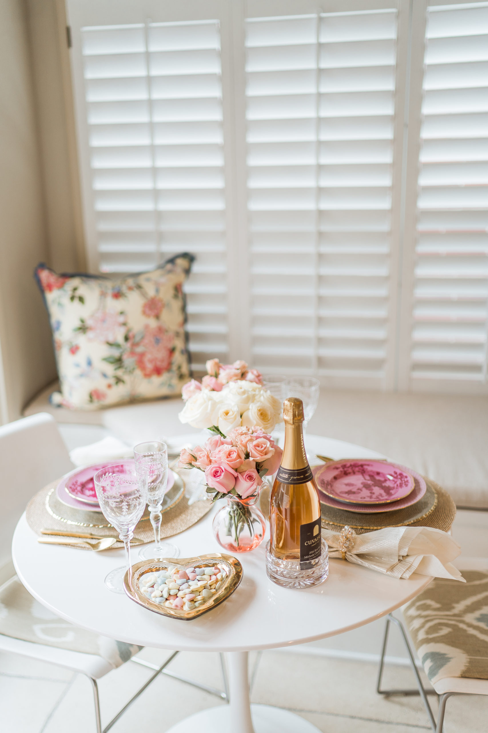 Intimate Valentine's Day tablescape