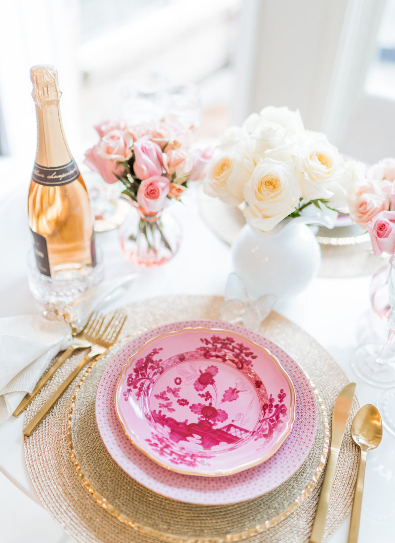 Pink and gold Valentine's day tables cape