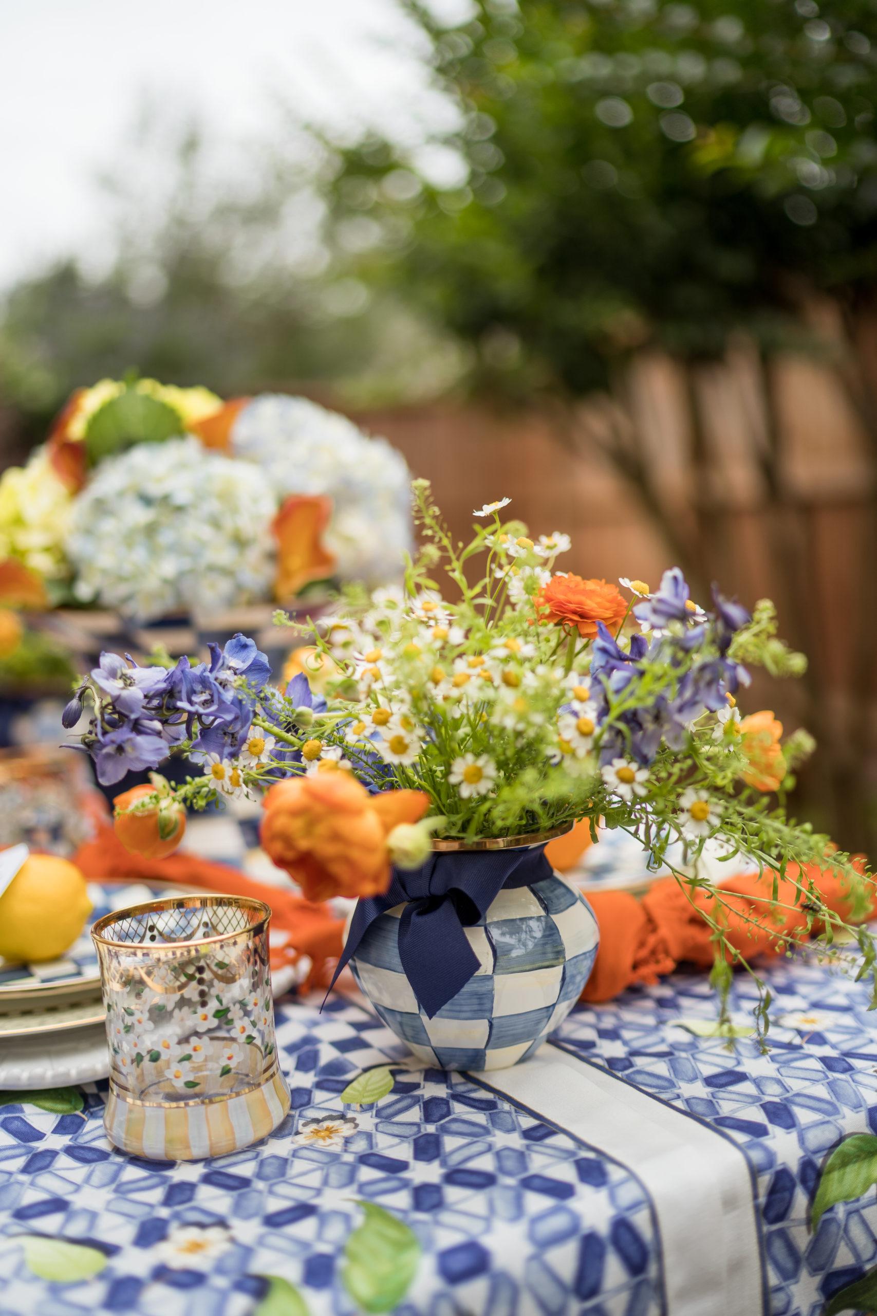 Al fresco summer table setting
