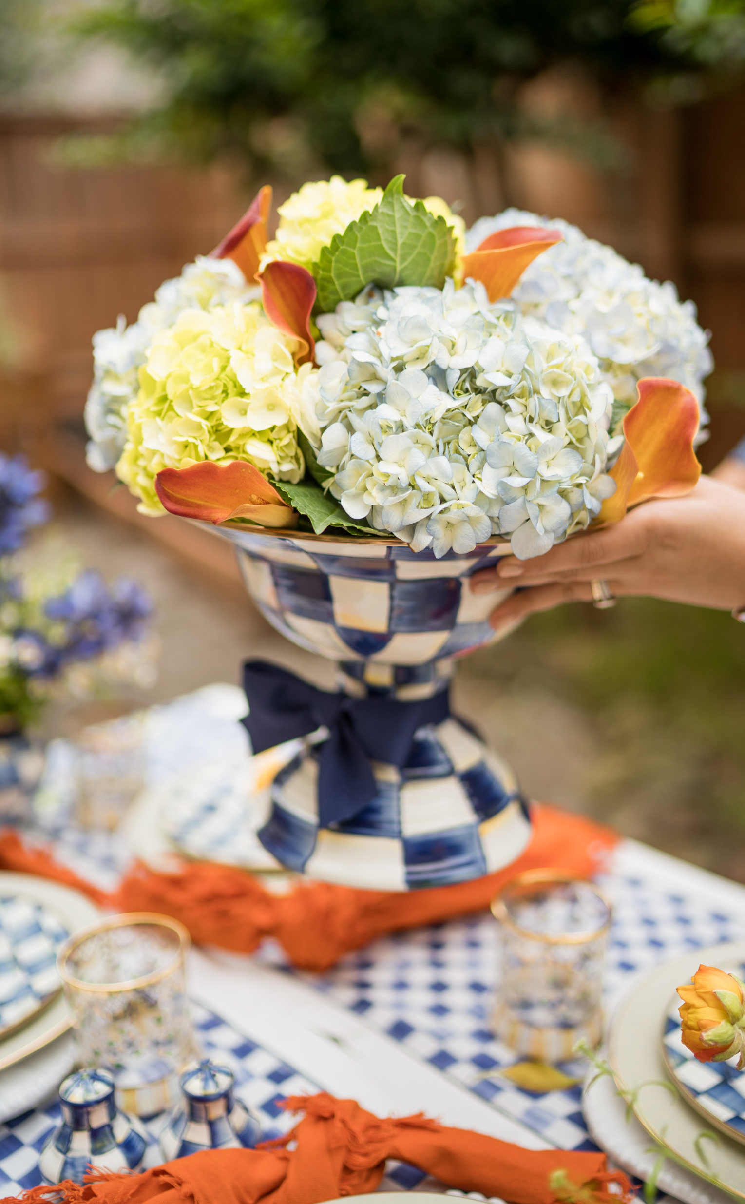 DIY hydrangea and lily floral centerpiece