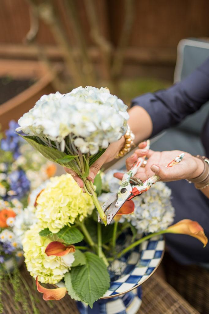 how to create a DIY flower arrangment